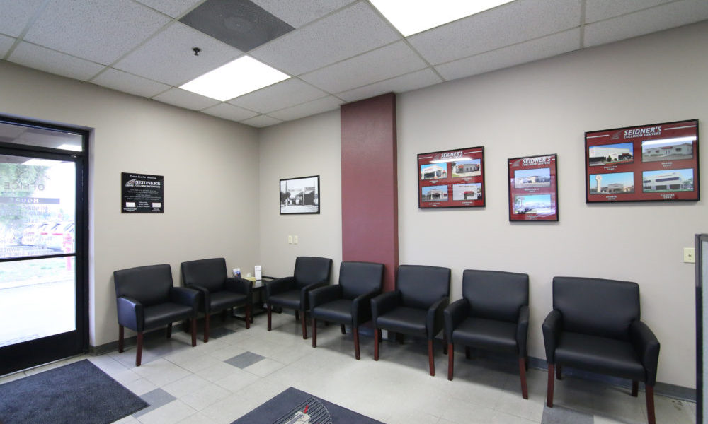 View of Seidner's Collision Center front office